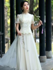 筱姿女装新品白色复古风裙装