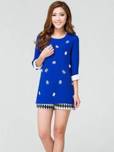 迪族女装 蓝色圆领T恤
