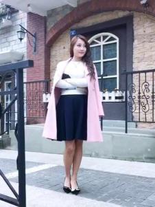 韩俪女装粉色长款大衣
