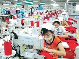 申洲国际一路狂奔成国内首家市值突破1000亿服饰集团