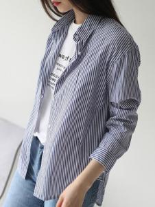 嘉茱莉女装新品蓝色休闲条纹衬衫