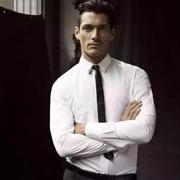 博铂定制:不会穿衬衫的男人是没有前途的!