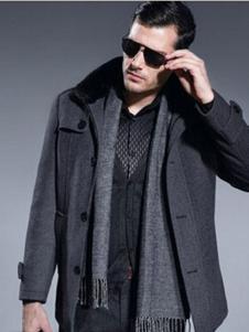 七彩马男装深灰毛领夹克