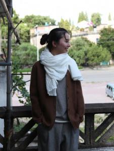 素茶女装棕色针织开衫