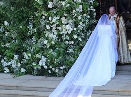 英国王妃的结婚礼服选择法国时装Givenchy用意何在?