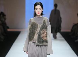 广东大学生时装周|广州市秀丽服装学院服装设计毕业作品展演