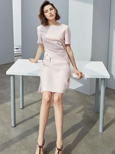 瓒妮佛女装粉色刺绣连衣裙