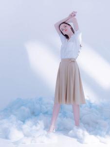 CReil女装杏色百褶半身裙