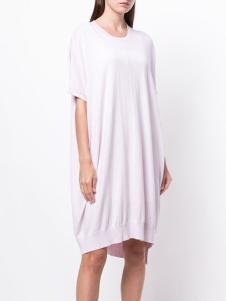 allude女装粉色圆领针织裙