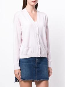 allude女装粉色针织开衫