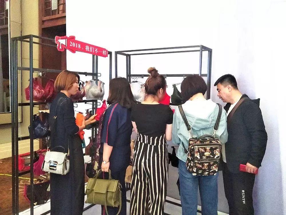 梦绘云南・艾慕2018秋冬新品发布会山东站圆满落幕!