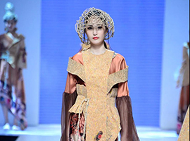 2018广东大学生时装周|广东女子职业技术学院服装设计毕业展演