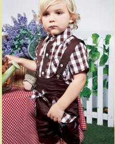 婴乐岛男小童背带裤