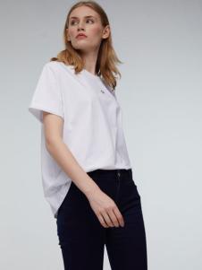 玛革诺施女装白色T恤
