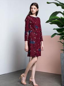 e+新款連衣裙