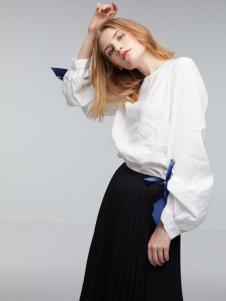 玛革诺施女装白色蝴蝶结T恤