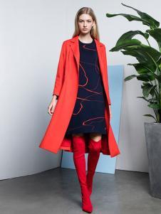 e+新款红色大衣