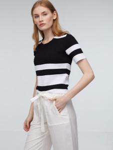 玛革诺施女装黑色条纹针织T恤