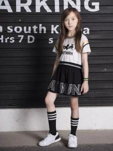 米6童装时尚夏装连衣裙