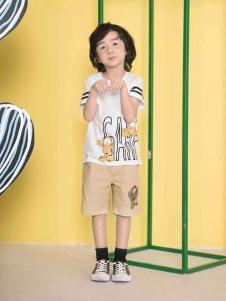 米6童装白色卡通T恤套装