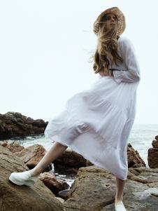 LIULIU MO刘刘墨新款纯色连衣裙