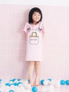 米6童装粉色卡通女裙