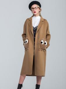 昭奈华裕女装卡其色刺绣大衣