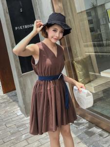 百变伊伊2018夏款连衣裙