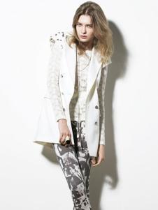 汤保伊TOMBOY女装白色外套