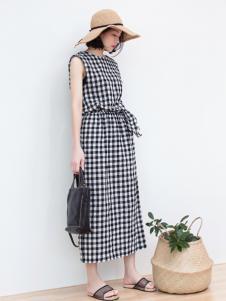 LIULIU MO刘刘墨新款格子连衣裙