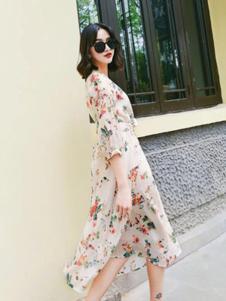 卡梵朵女装印花长款连衣裙