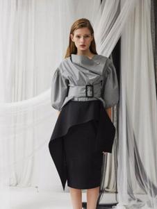 亚创国际女装灰色淑女T恤