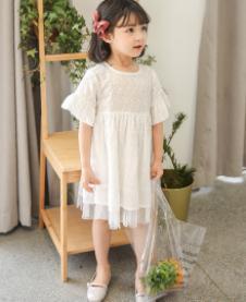 爱塔依倍白色荷叶边连衣裙