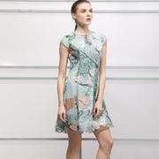 艺梦来女装丨印花连衣裙的时尚攻略