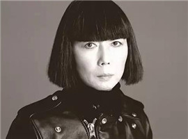 川久保玲双重身份:创意设计师与实战派女商人
