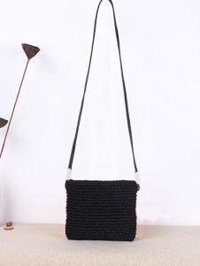 潮黛黑色编织斜挎小方包