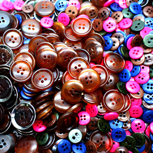 款式多样的钮扣钮扣供应