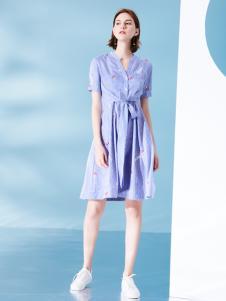 2018Venvee樊羽女装条纹连衣裙