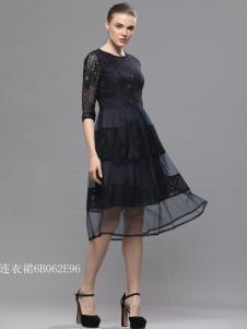 imili艺梦来女装18小黑裙