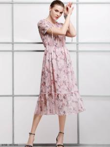 2018imili艺梦来粉色碎花连衣裙