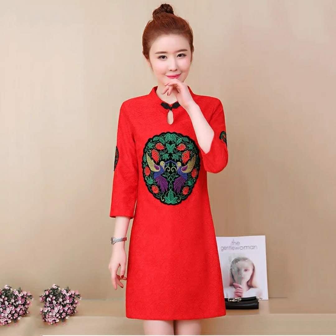 时尚印花女式连衣裙女装供应