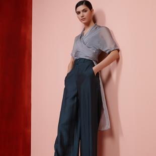 纽方NEWFOUND高端女装品牌邀您加盟!