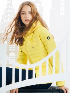 SNOWMAN NEW YORK时尚黄色羽绒服