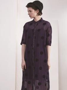 必然女装深紫圆点连衣裙