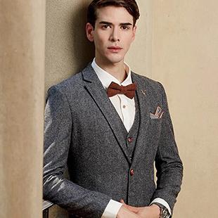 V尚2000男装时尚简约的风格穿插流行元素V尚2000男装招商