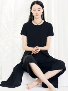 2018布根香女装小黑裙