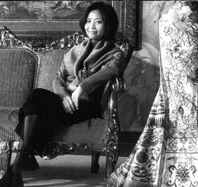 中国服装设计师玩转时尚圈 郭培,王培沂惊艳世界