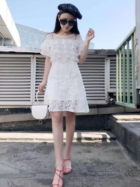 美兰娇丽女装夏款样品展示