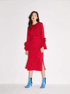 RE'VAN女装红色波点连衣裙