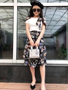 美兰娇丽女装时尚印花半裙